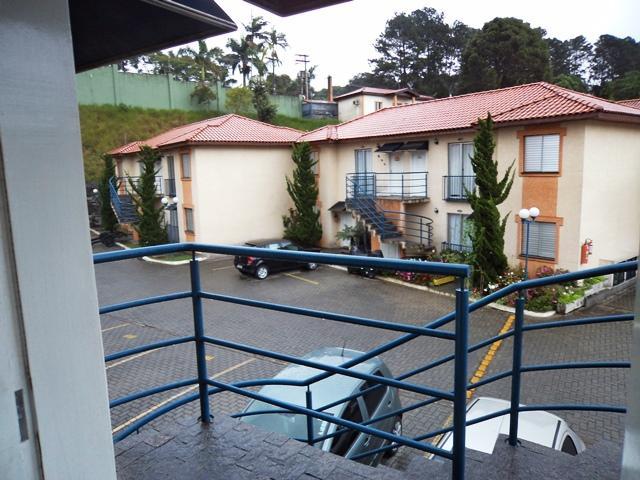 Casa térrea, Granja Viana, com 2 dorm (1 suite), 1 vaga, laz