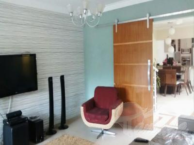 Sobrado de 2 dormitórios à venda em Vila Curuçá, São Paulo - SP