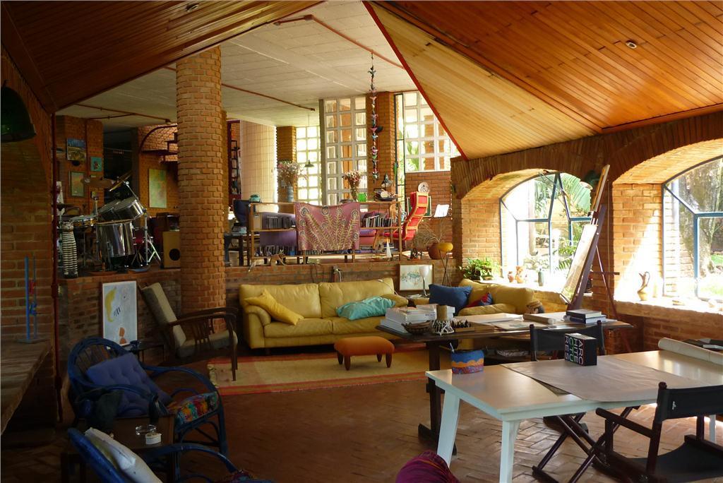 Amaral Imóveis - Casa 5 Dorm, Campinas (CA0854)