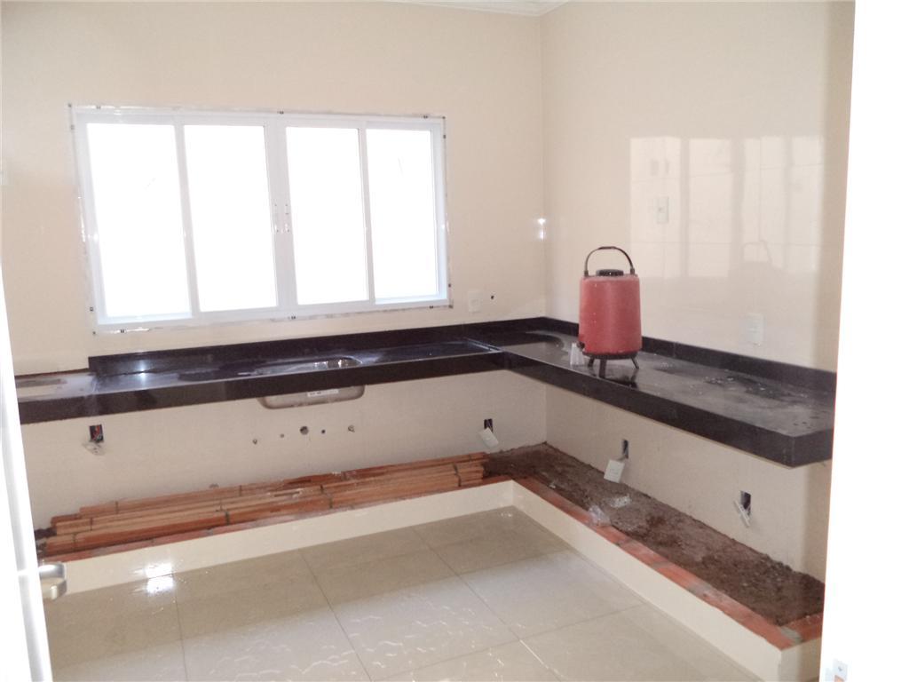 Imóvel: Amaral Imóveis - Casa 3 Dorm, Terras do Barão