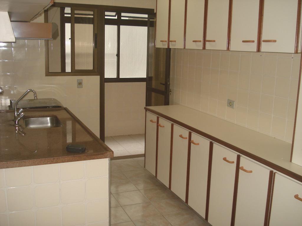 Apartamento de 2 dormitórios em Ponta Da Praia, Santos - SP