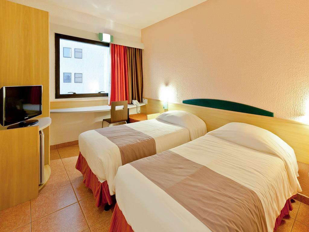 Flat de 1 dormitório em Boqueirão, Santos - SP