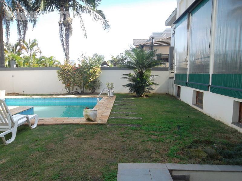 Casa de 4 dormitórios em Parque Dos Príncipes, São Paulo - SP