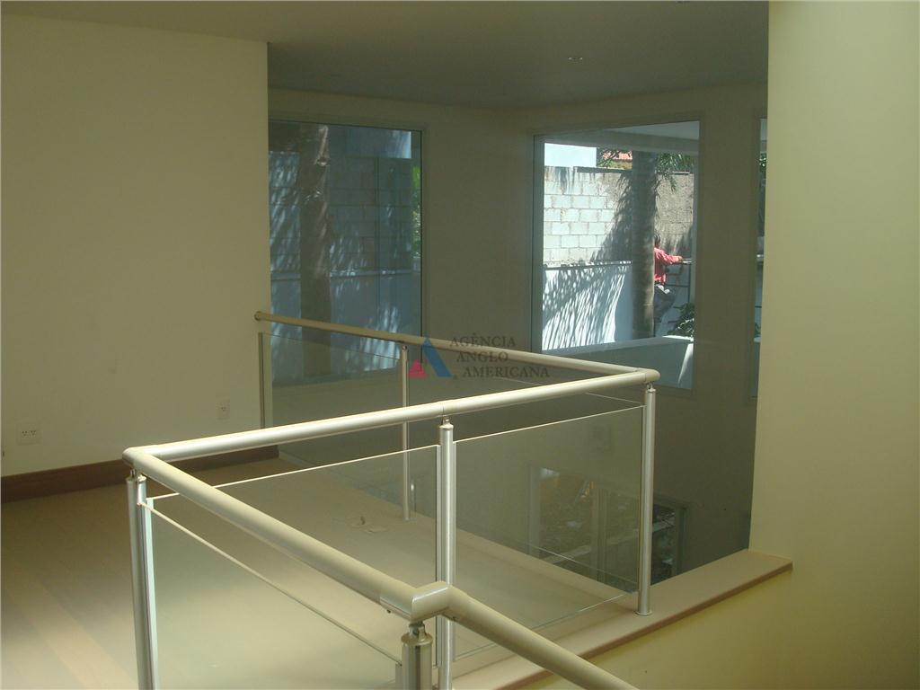 residência de alto padrão, em condomínio fechado, com total segurança, privacidade e conforto.localização excelente, perto das...