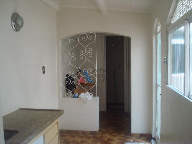 sobrado geminado, em rua tranquila, tipo vila2 dormitórios com armários embutidossala, copa, cozinha, dormitório e wc...