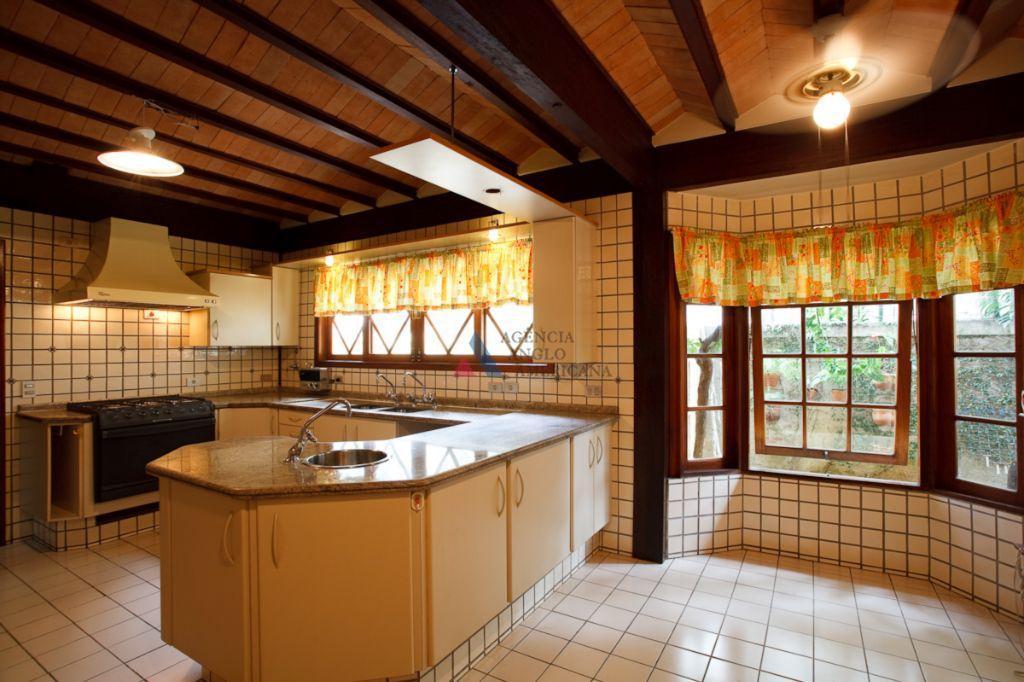 condomínio fechado, com sistema de segurança monitorado 24 horas, área de lazer completa, incluindo quadra de...