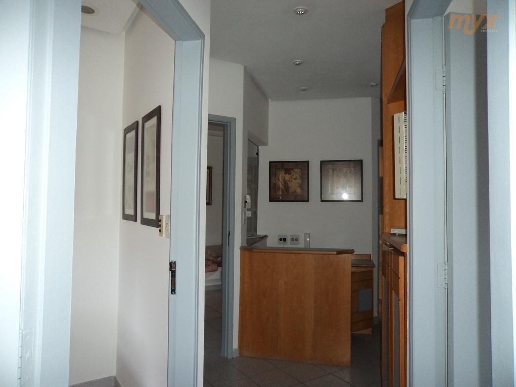 sala comercial para consultório, advocacia , etc... 1 sala de recepção,1 copa,2wc´s,sendo 1 para os empregados...