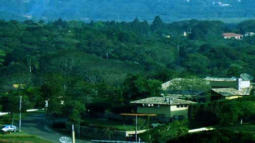 Vista do Bairro da 2a. Encosta no Patrimônio do Carmo, São Roque, SP