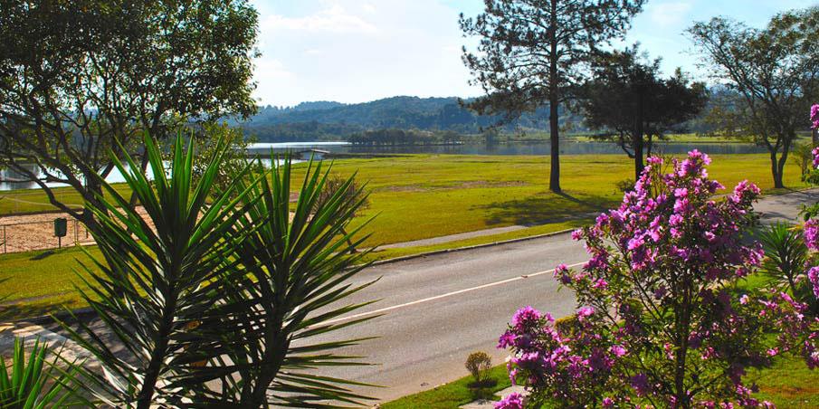 Vista parcial dos lagos internos do Patrimônio do Carmo.