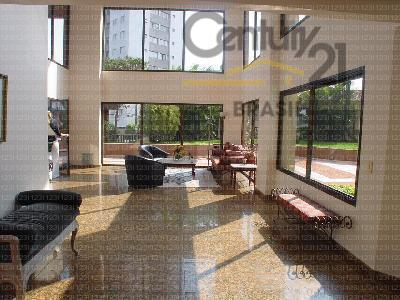Campo Belo 3 dormitórios suite 3 gars Decorado reformado permuta financia