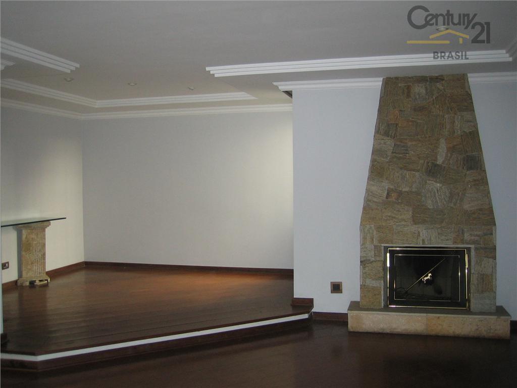 Ótimo apartamento em Moema,4 dormitórios,sendo 2suites,2vagas,com gerador
