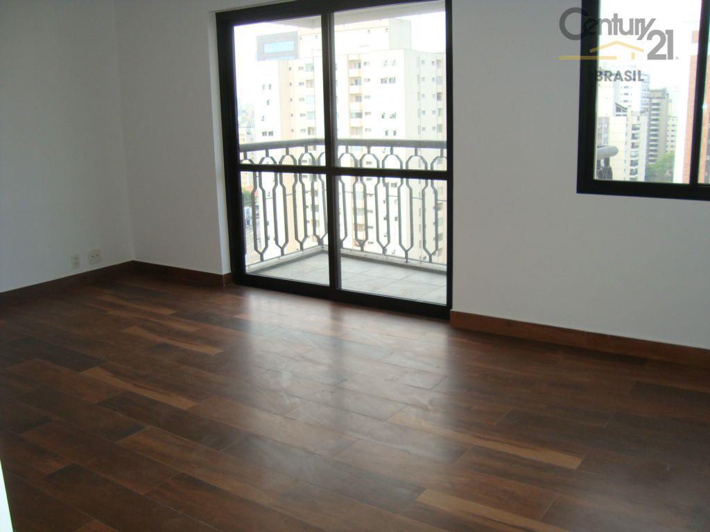 Apartamento residencial à venda, Vila Uberabinha, São Paulo.