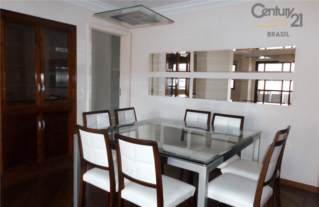 Excelente apartamento  150m2 4 dormitórios 2 vaqgas Moema