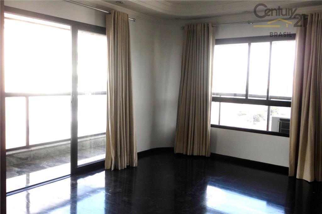 Excelente apartamento 170m 3 suítes 3 vagas Moema Alto Padrão