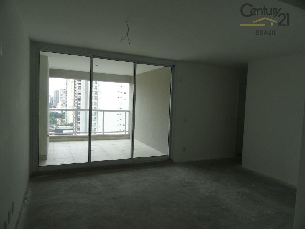 Apartamento novo com 2 dormitórios, suíte, 2 vagas de garagem!