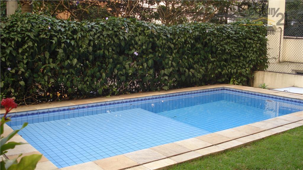 Vende-se Apartamento 2 dorms, 1 vaga, piscina, Vila Nova Conceição, São Paulo.