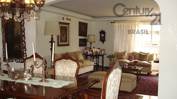 Vende-se Apartamento  3 dorms, suíte, 2 vagas, Rua Jacurici, Itaim Bibi, São Paulo.