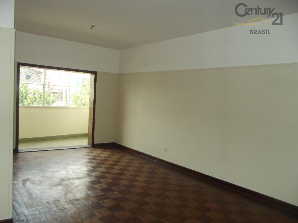 ótimo apartamento à venda com 105m² , sala ampla , podendo obter 2 ambientes bem espaçosos...