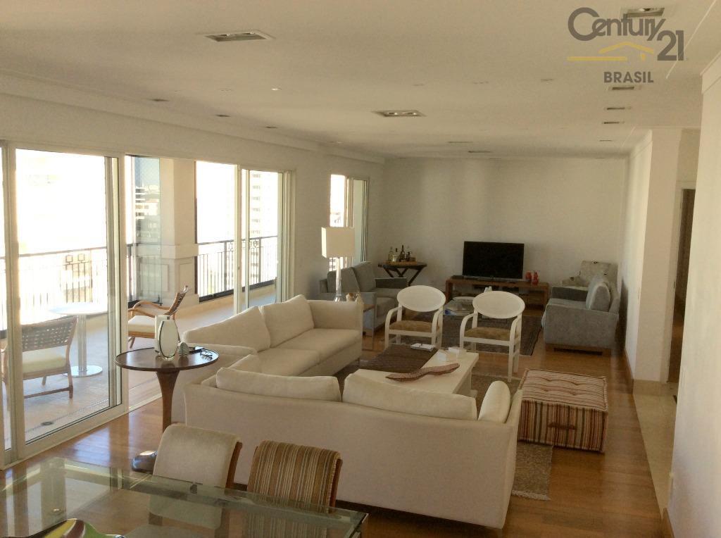Apartamento residencial para venda e locação, Moema, São Paulo - AP8974.