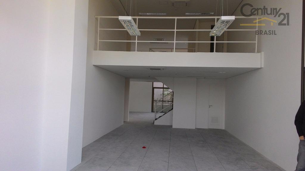 Excelente conjunto comercial com 202 m2 em edifício novo em ótima localização na esquina da Av. Roberto Marinho