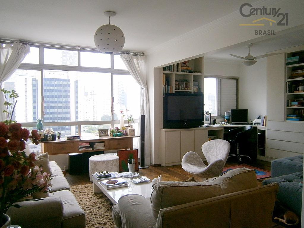Apartamento com vista e excelente localização.