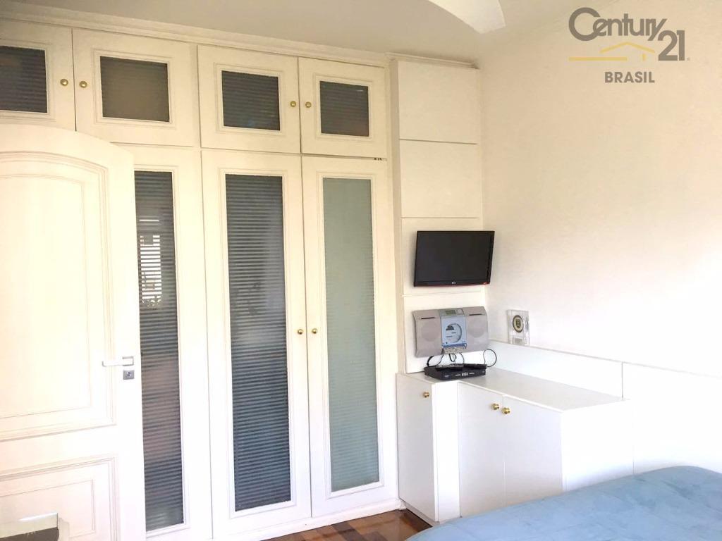 c21 ello sp vende apartamento localizado entre a vieira de morais e a rua edson, endereço...