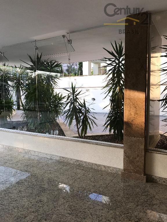 edifício em zona nobre da capital paulistana, prédio com bom recuo da rua, local cêntrico, à...