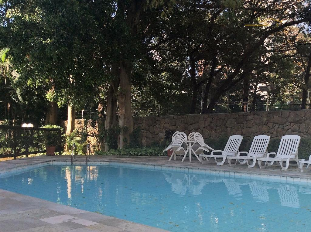 century 21ellosp vende belíssimo apartamento avarandado em localização privilegiada, no bairro vila nova conceição. à apenas...