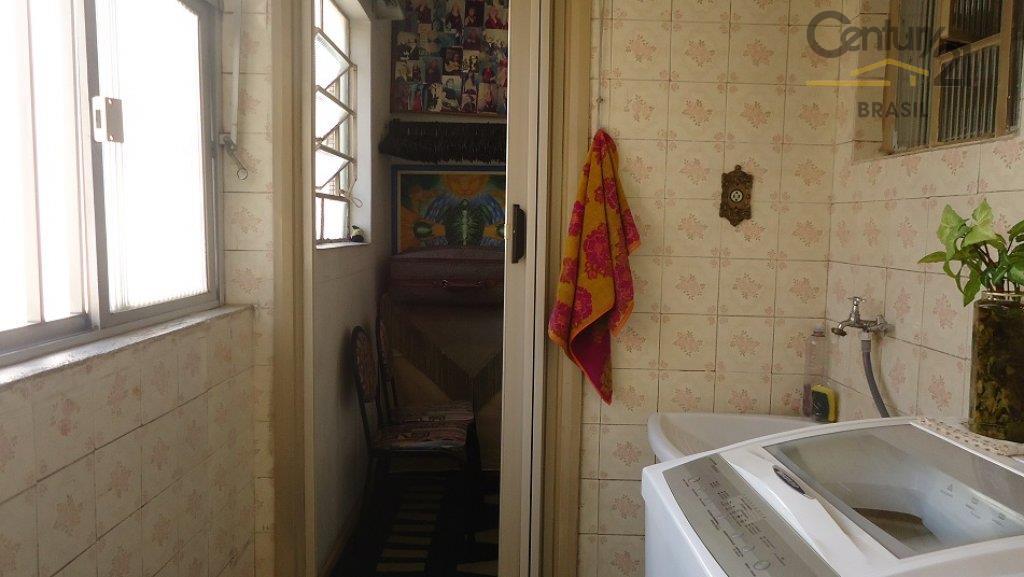 prédinho simpático e muito bem localizado. próximo da santa casa, angélica e metrô apartamento com hall...