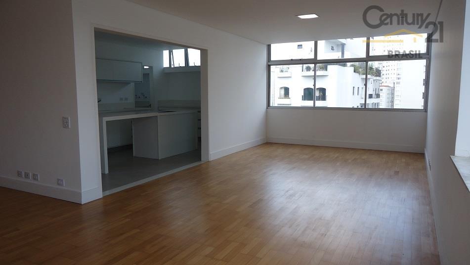 Apartamento Residencial à venda, Santa Cecília, São Paulo - AP0287.