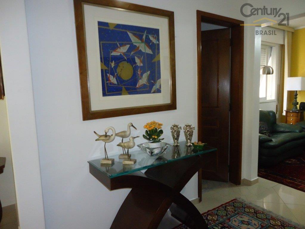 Apartamento Residencial à venda, Higienópolis, São Paulo - AP0069.