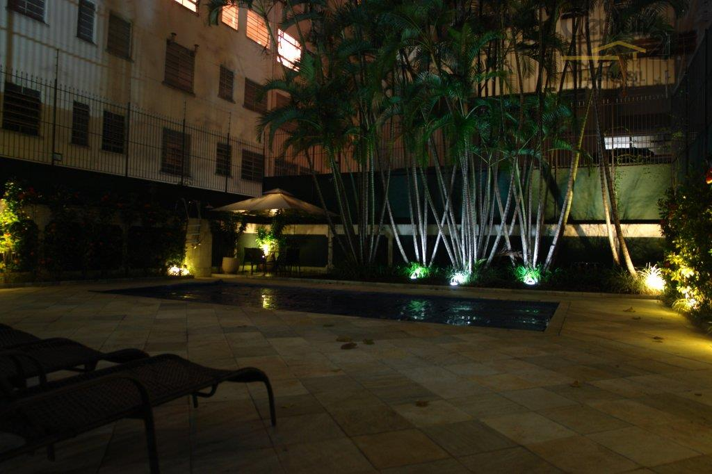 lindo apartamento em prédio de alto padrão. portaria blindada com controle de acesso, port cocherre jardim...
