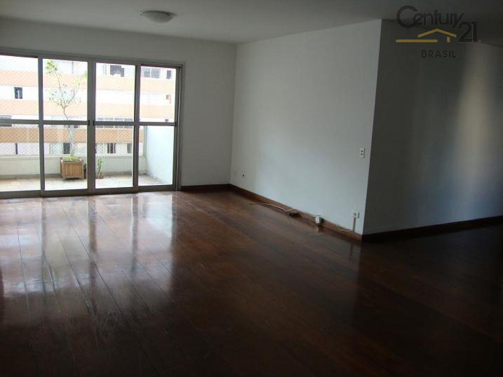Apartamento Residencial à venda, Itaim Bibi, São Paulo - AP1340.