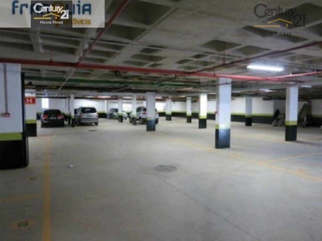 sala comercial com 40m e sacada, podendo ser 80m, no contrapiso e parede em drywall, estrutura...
