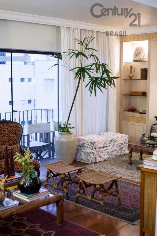 Apartamento Residencial para locação, Vila Nova Conceição, São Paulo - AP0259.