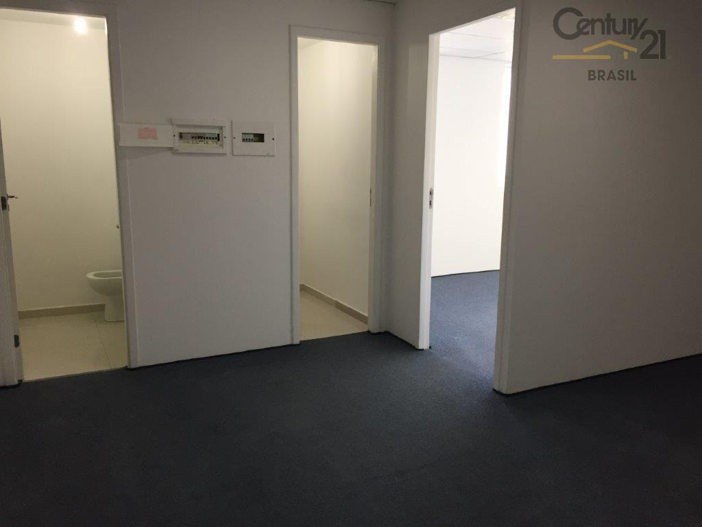 conjunto comercial no brooklin, 01 sala, 01 vaga,01 banheiro, piso elevado, gesso, ar condicionado, ao lado...