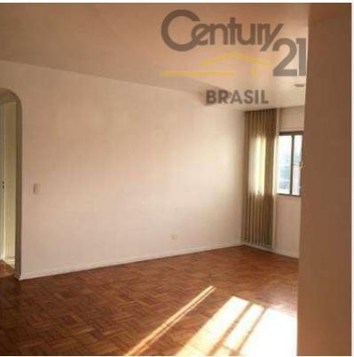 apartamento bem localizado próximo a todo tipo de comércio e meios de transporte com 02 bons...