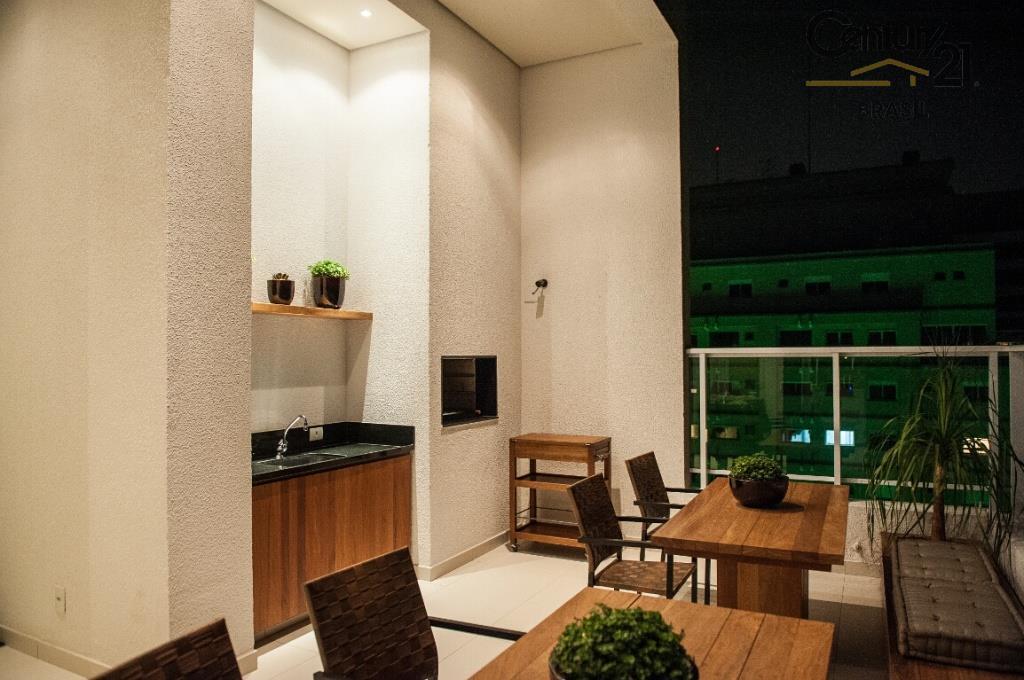 apartamento duplex . na parte inferior, living com cozinha americana, lavabo, sacada super ampla e toda...