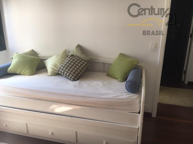 apartamento proximo do parque ibirapuera, reformado, totalmente mobiliado com 128m2, varanda, amplos comodos ensolarados e ventilados,...