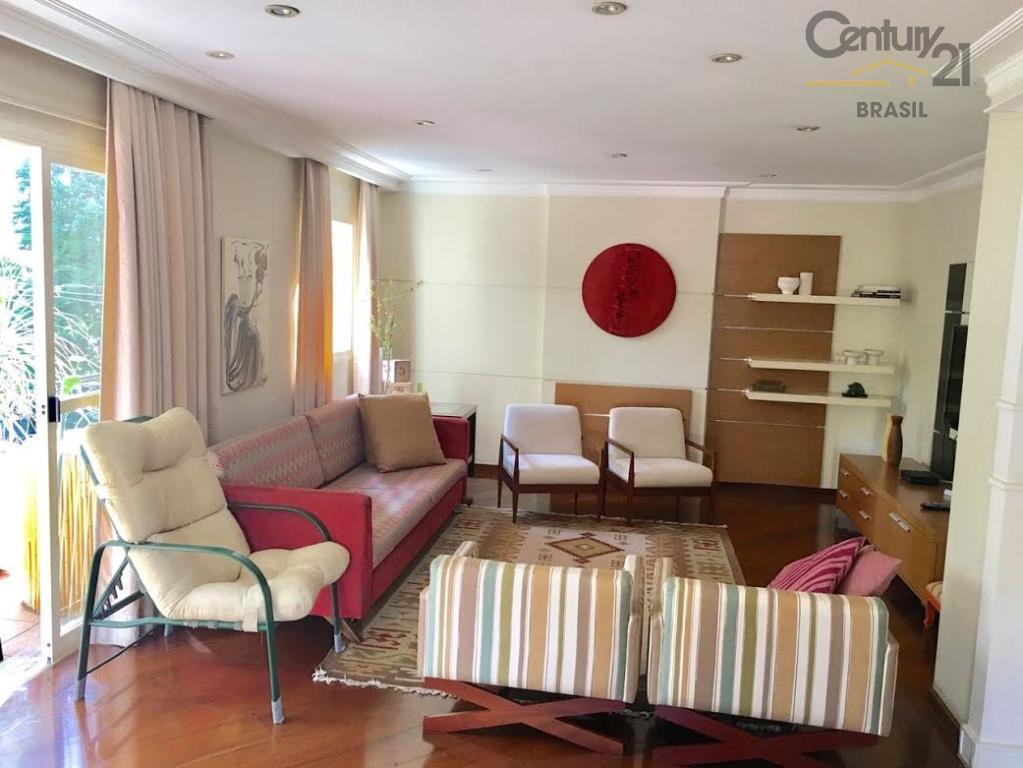 apartamento alto padrão no campo belo, rua larga, arborizada, tranquila. apartamento espaçoso, com 224 m2, sacada,...