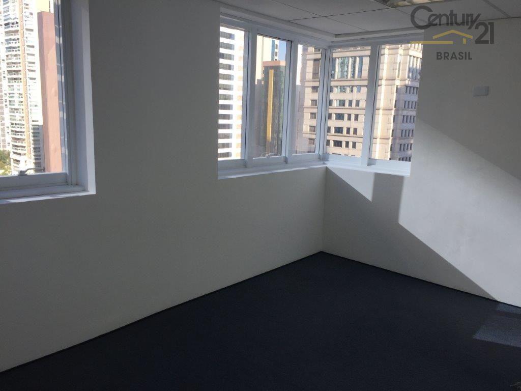 conjunto comercial no brooklin, 01 sala, 01 banheiro, 01 vaga, piso elevado, gesso, ar condicionado, ao...