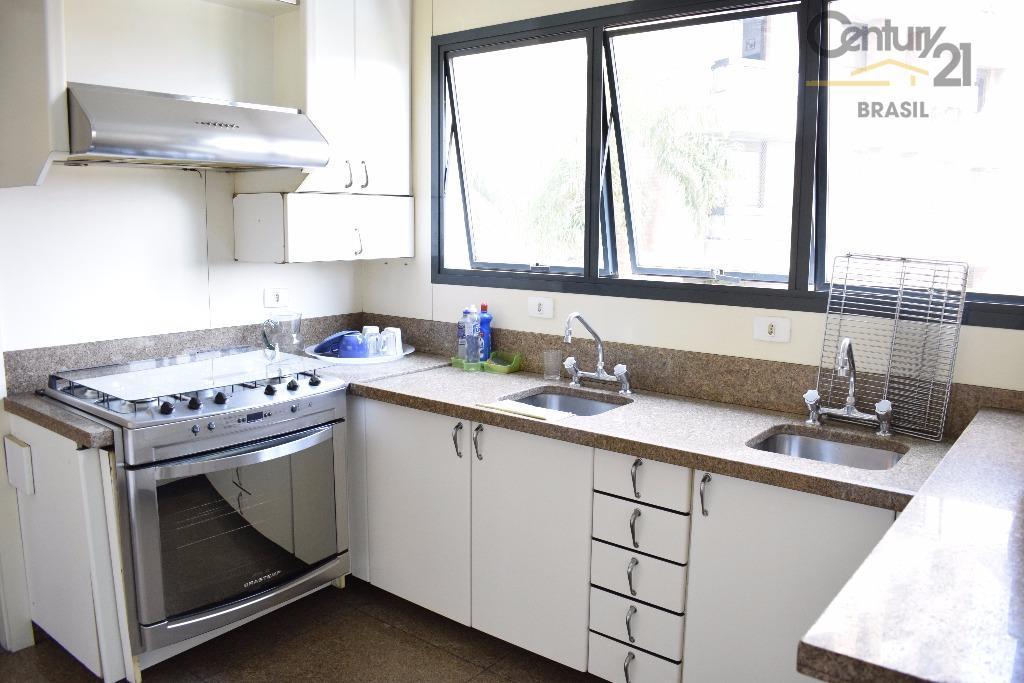 apartamento em rua nobre de higienopolis! amplo e ensolarado! 4 quartos, 2 suites, pronto para morar!