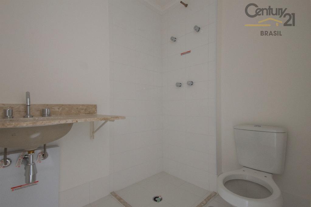 novo,  1 dormitório, 1 vaga, prédio super moderno com tudo para seu conforto,  excelente localização!