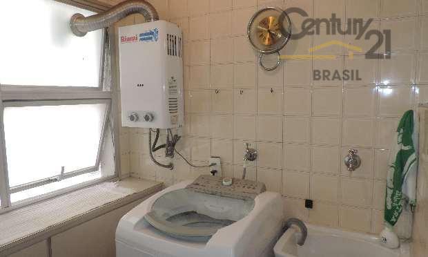 tamanho certo no bairro certo, belo e prático apartamento nos jardins. sala para dois ambientes com...