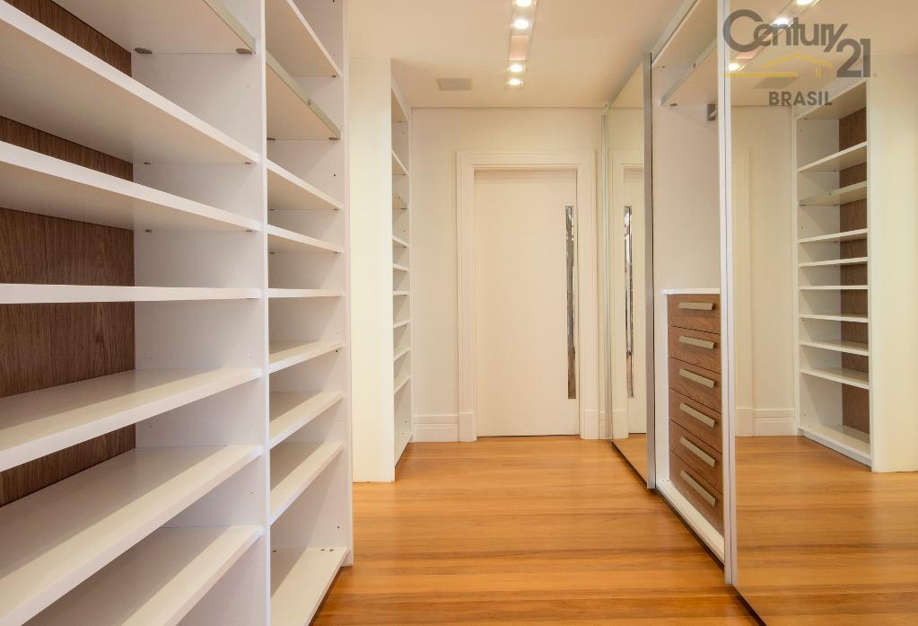 406 m2 área privativasala de estar, sala de jantar, home theater, escritório e lavabo.4 suítes na...
