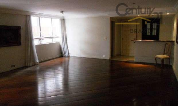 excelente apartamento localizado na melhor rua do jardim paulista, próximo aos melhores restaurantes de são paulo,...