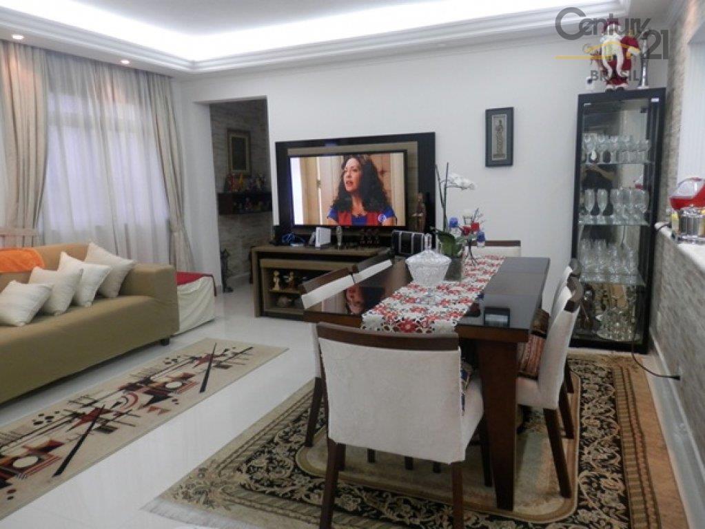 Apartamento Residencial à venda, Moema, São Paulo - AP0232.