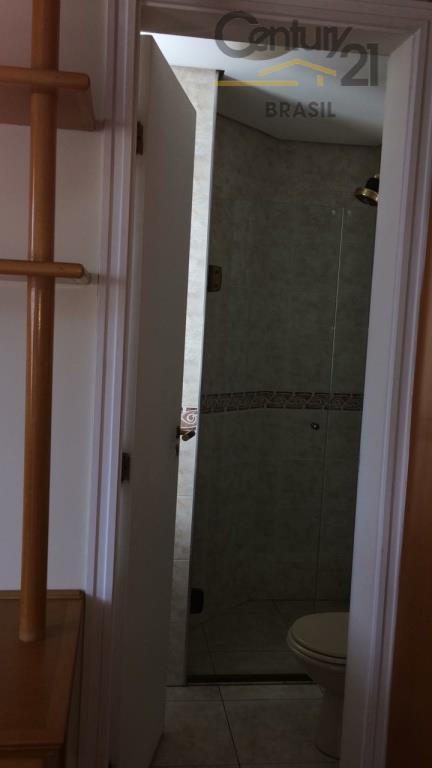 4 dorms, 2 suíte, 3 vagas, repleto de armários, closet, andar alto, dep. empregada, l  azer...