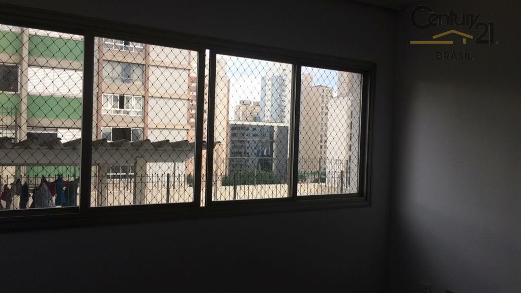 apartamento próximo a estação paraíso do metrô, 3 dormitórios, com armários, cozinha planejada, dependência de empregada...