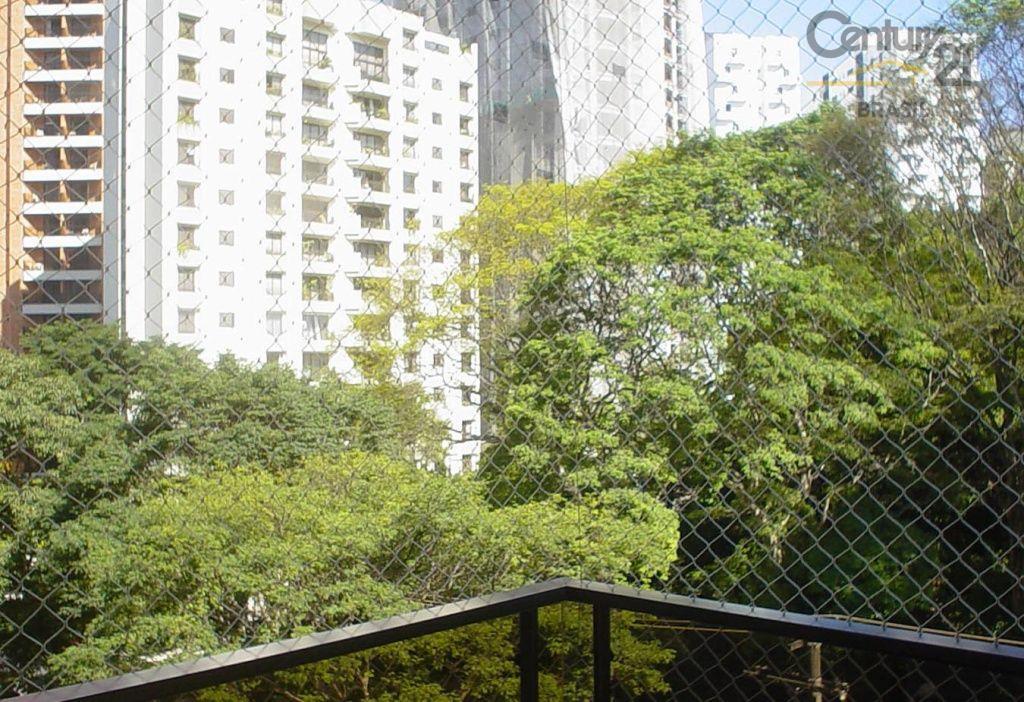 Apartamento Residencial à venda, Vila Nova Conceição, São Paulo - AP0693.